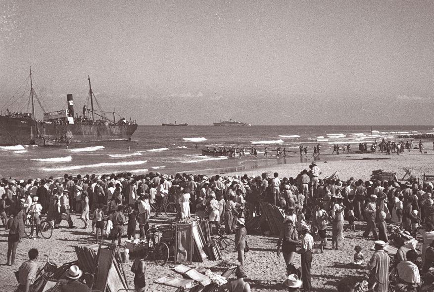 """JNF-KKL: Die Ankunft des illegalen Flüchtlingsschiffs """"Parita"""" 1928"""