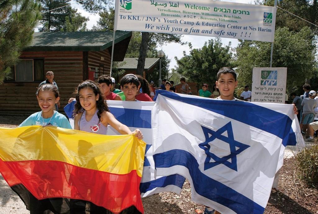 Neue Freunde finden und für die Umwelt arbeiten: Kinder im KKL Feriencamp Nes Harim